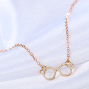 HP Glasses Necklace Gold 3