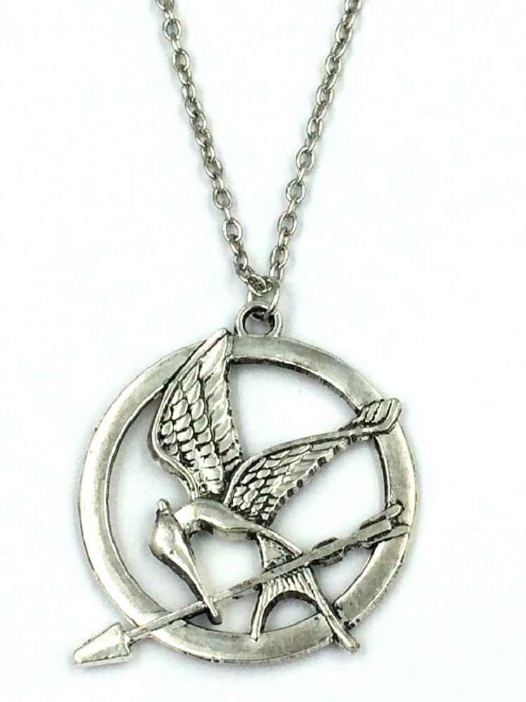 The hunger games mockingjay silver pendant the fandom collection hungergamesmockingjaynecklacesilver 2015 new style the hunger games big retro hungergamesmockingjaynecklacesilver aloadofball Images